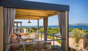 Premium Stacaravan met 2 Slaapkamers en een Terras - Uitzicht op Zee